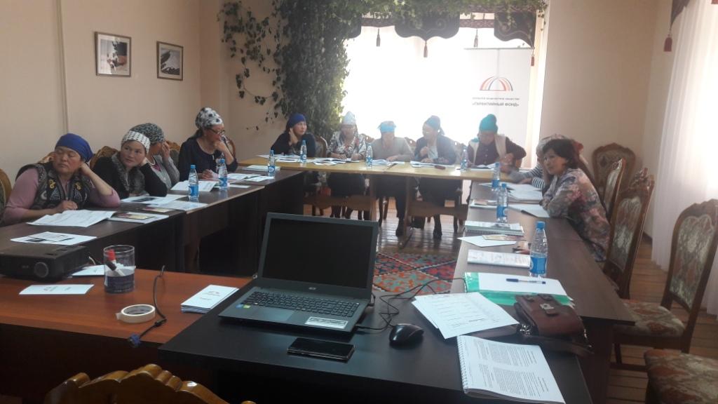 Женщины-предприниматели Нарынской области стали участниками тренинга по повышению финансовой грамотности.