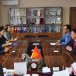 Банки-партнеры. Перед подписанием Соглашения о сотрудничестве с ОАО Халык Банк Кыргызстан, декабрь 2017г.
