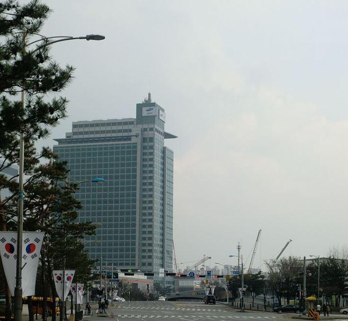 Samsung Electronics entered the top 5 rating Best Global Brands